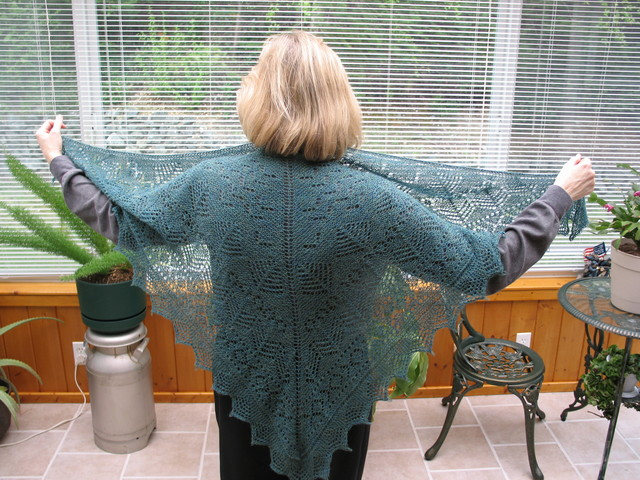 Pacific_northwest_shawl_2